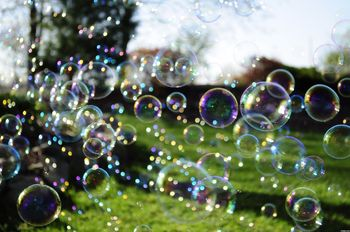 Bubbly Art with the BUBBLE ACADEMY- An April school holiday activity